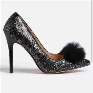 Chase & Chloe Black Glitter Pom Heels 8